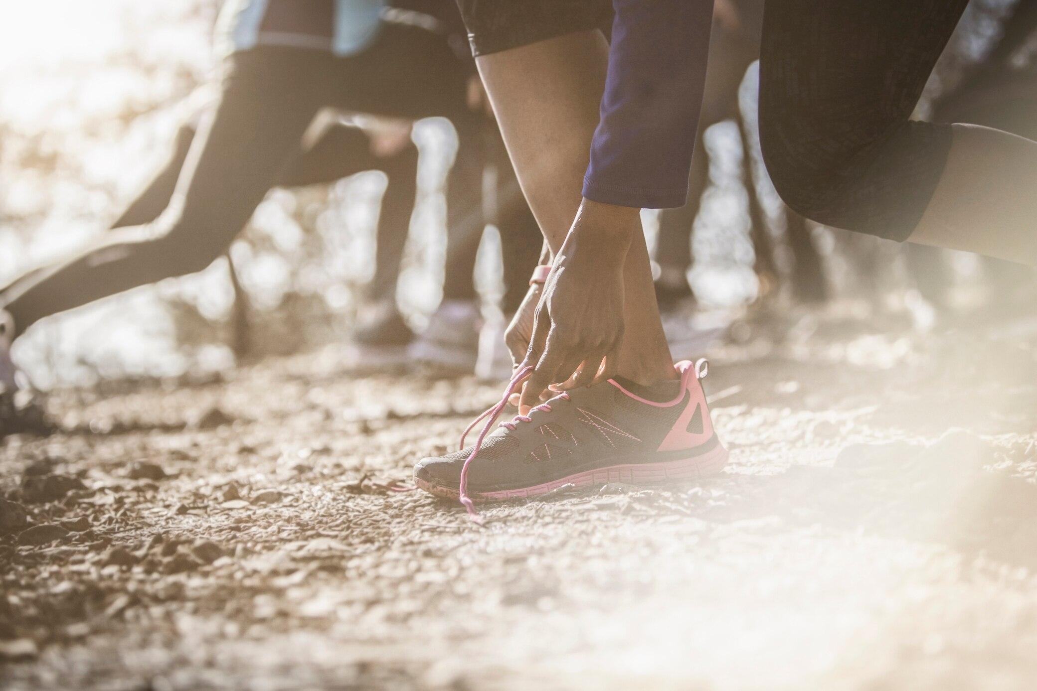 Diese Schnür-Tricks lösen typische Läuferprobleme