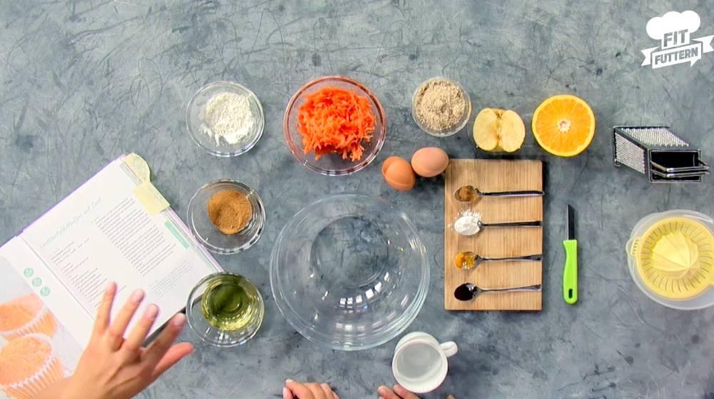 Die Zutaten für Sophias Karotten-Apfel-Muffins