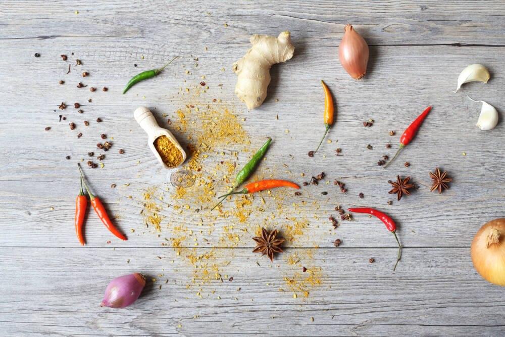 Scharfes Essen befeuert Sodbrennen – kann man beim Sport wirklich nicht gebrauchen