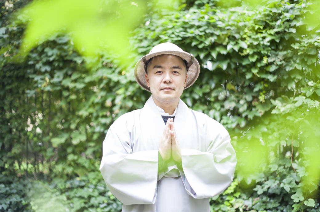 Übung von Zen-Mönch Haemin Sunim: Wir du in einer Minute glücklicher werden kannst