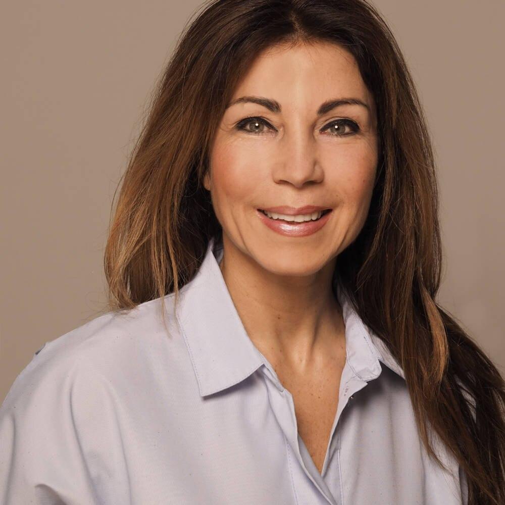 Dr. Tatjana Ballauff ist Fitnessexpertin und Biochemikerin