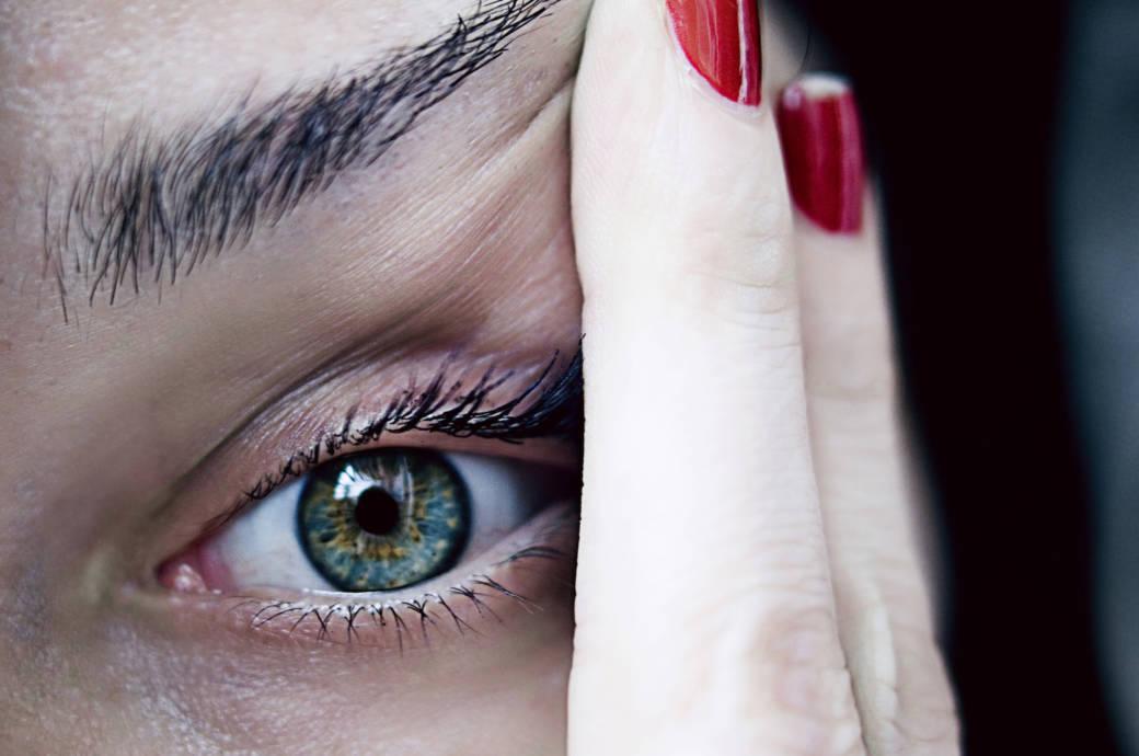 Manche gefährliche Augenerkrankungen gehen mit schweren Schmerzen einher