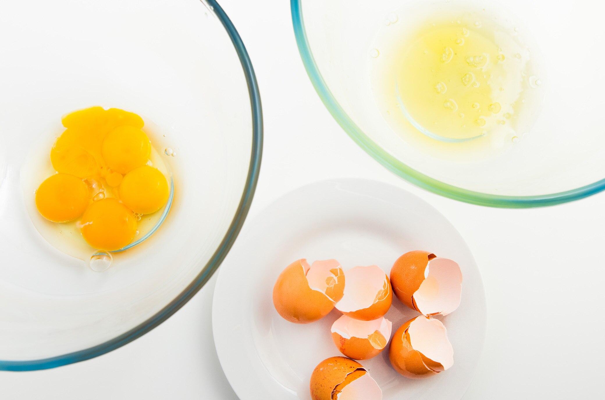 Sollte ich bei Eiern nur das Eiweiß essen?
