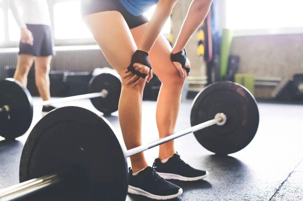 Trainierende sollten nicht vorschnell einen Fitnessstudiovertrag abschließen. Meist besteht kein Widerrufsrecht
