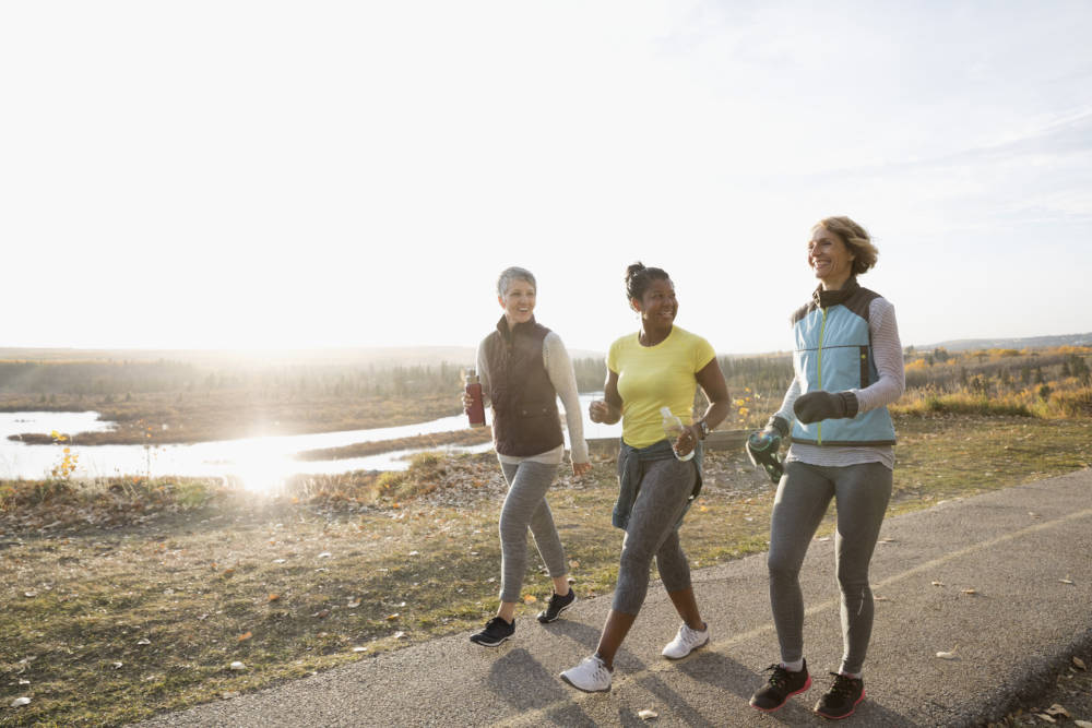 Frauen beim Slow Jogging