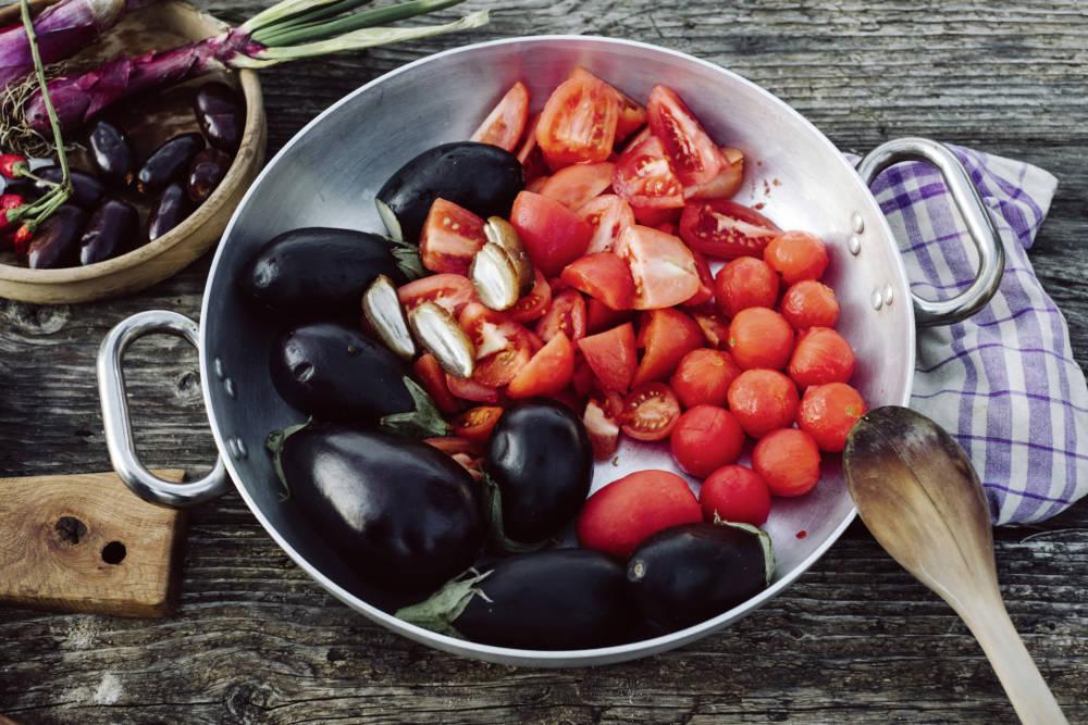 Auberginen, Tomaten