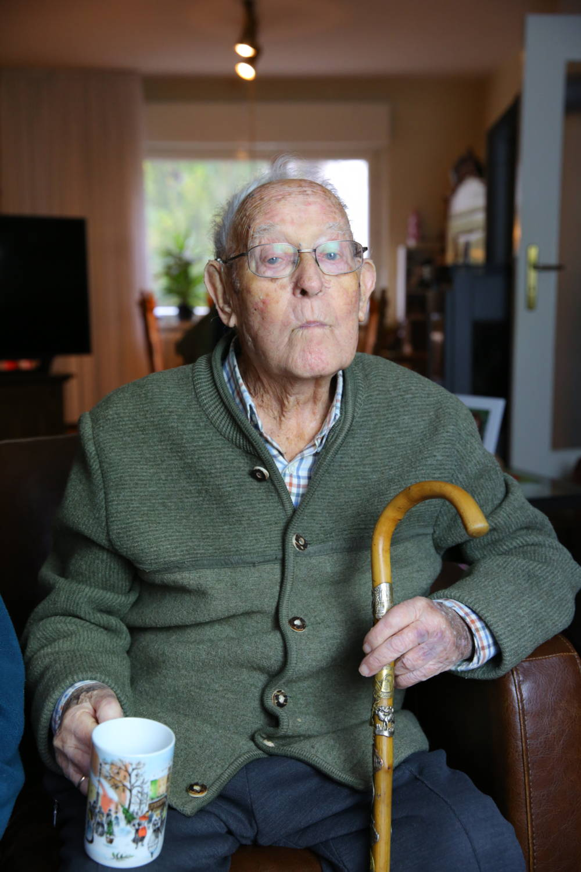 Alfred (Das Geheimnis der 100-Jährigen)