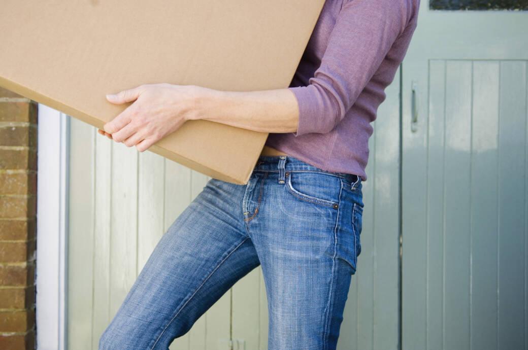 Wie Sie Schweres hochheben, ohne dem Rücken zu schaden