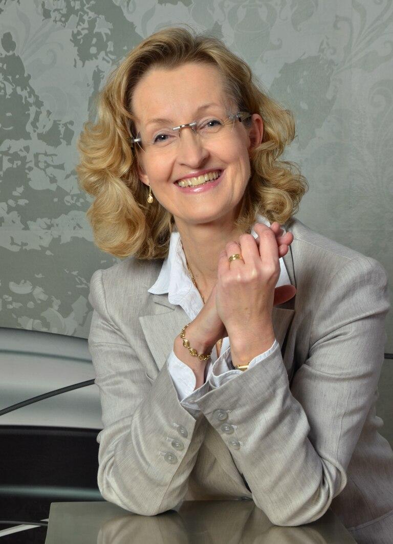 Dr. med. Elisabeth Exner-Grave