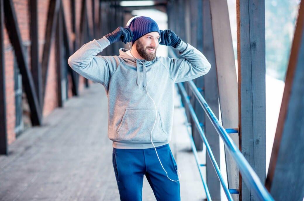 Mann beim Lauftraining