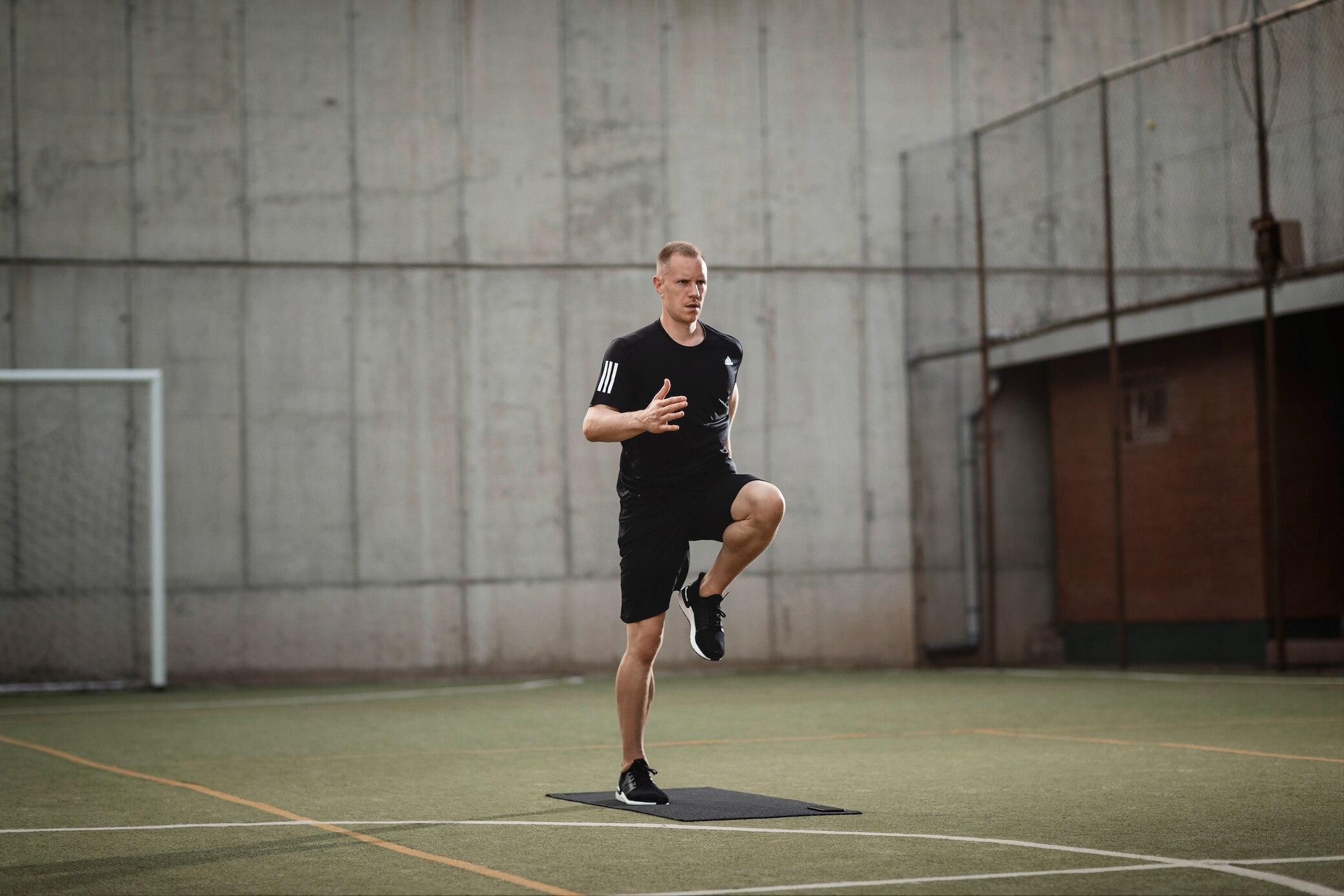 Marc-André ter Stegen macht Skipping Jumps
