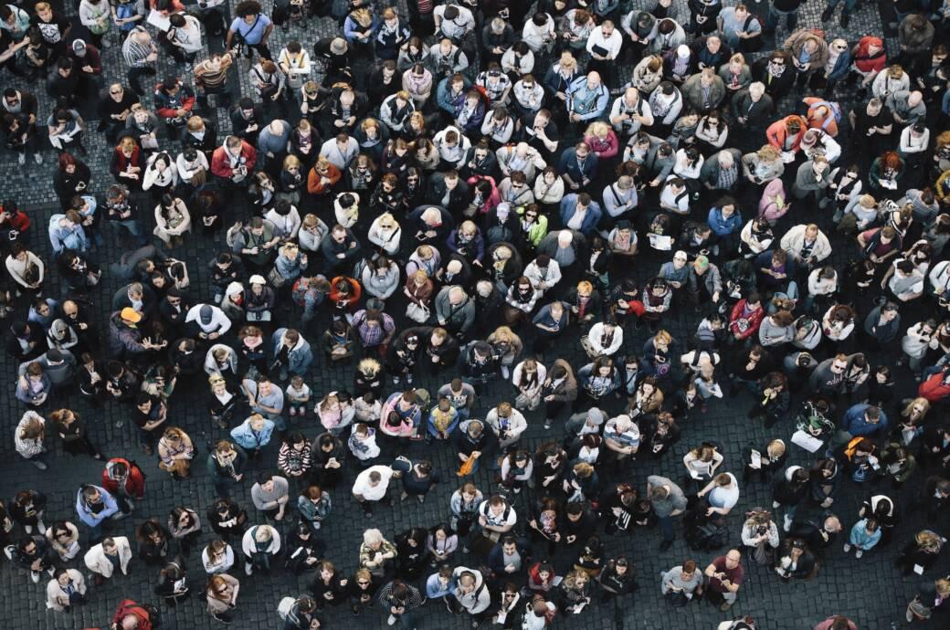 Ist ein so großer Anteil der Bevölkerung gegen einen Erreger immun, kann sich dieser nicht mehr ausreichend verbreiten