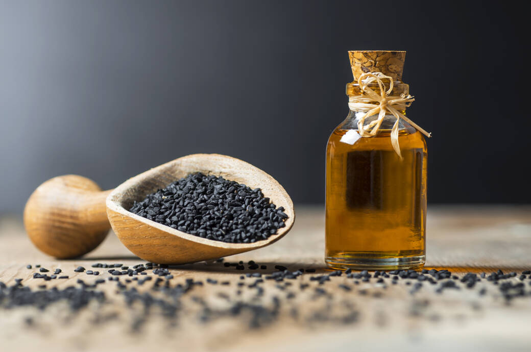 Schwarzkümmelöl: Wirkung, Anwendung und Dosierung