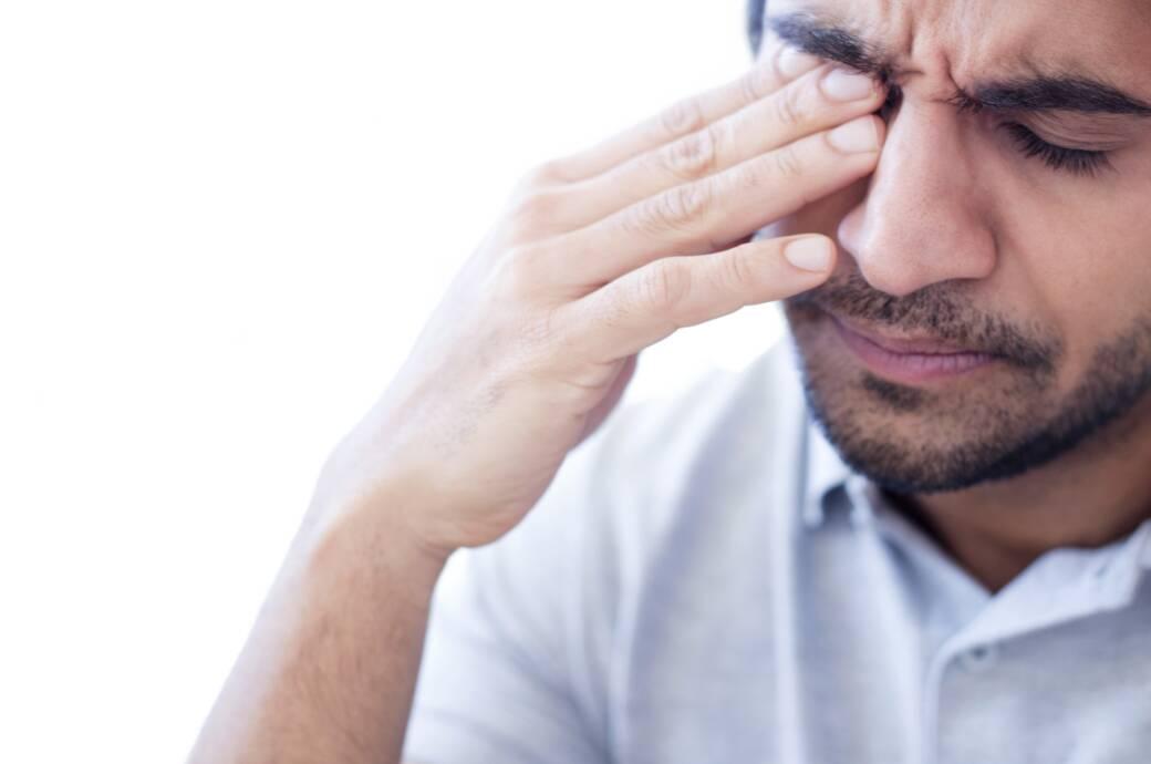 Sind Augenschmerzen ein bisher unterschätztes Corona-Symptom?