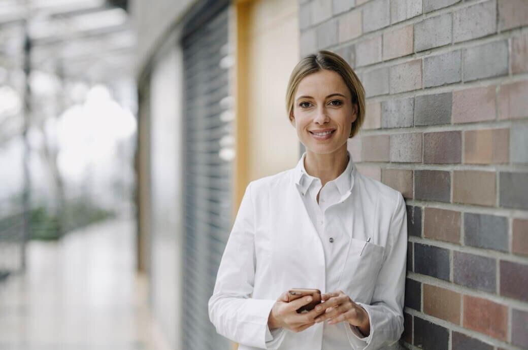 FITBOOK sucht Gesundheitsexperten (m/w/d) für den Standort Berlin! Du bist (angehender) Mediziner oder Physiotherapeut und kannst schreiben? Bewirb dich!