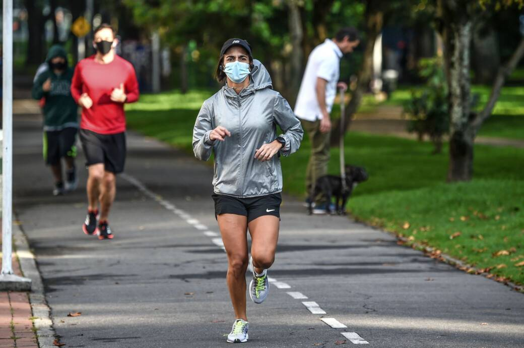 Coronavirus in der Luft: Joggerin