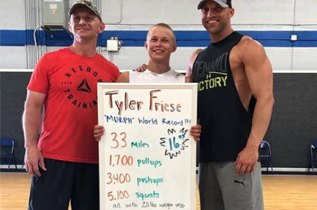 """Tyler Friese bricht """"Murph""""-Weltrekord"""
