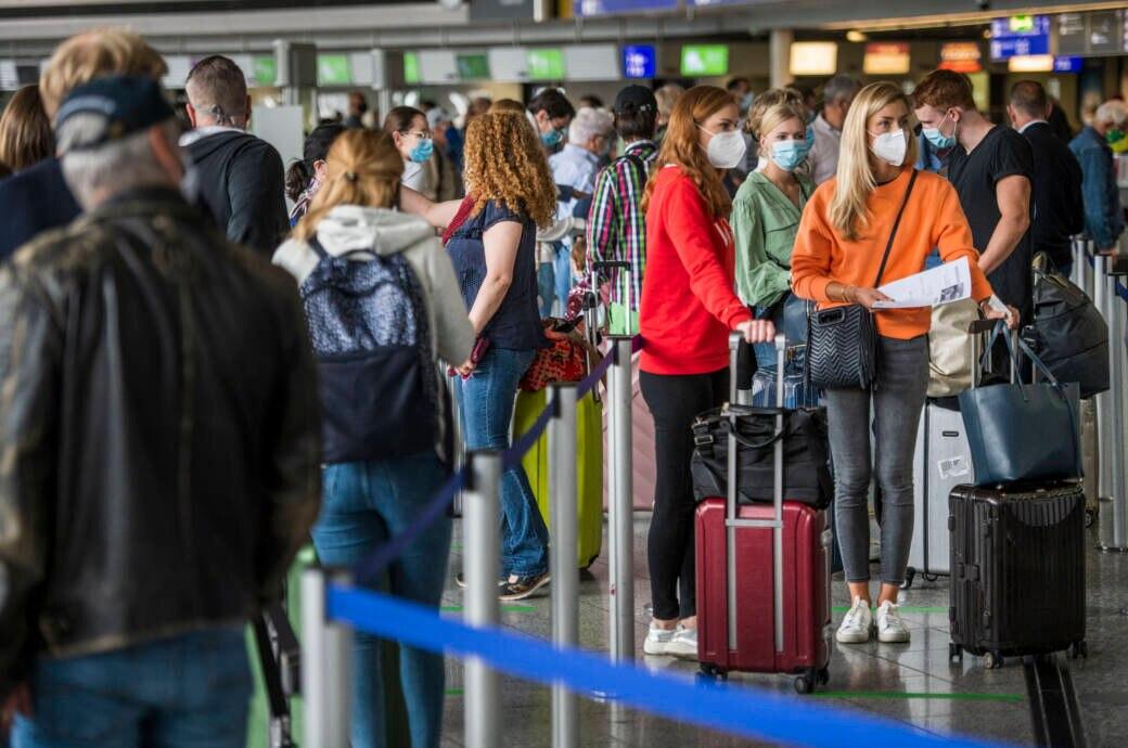 Urlaub ist trotz Corona wieder möglich. Doch Reiserückkehrer gelten als Risikofaktor für eine neue Infektionswelle.