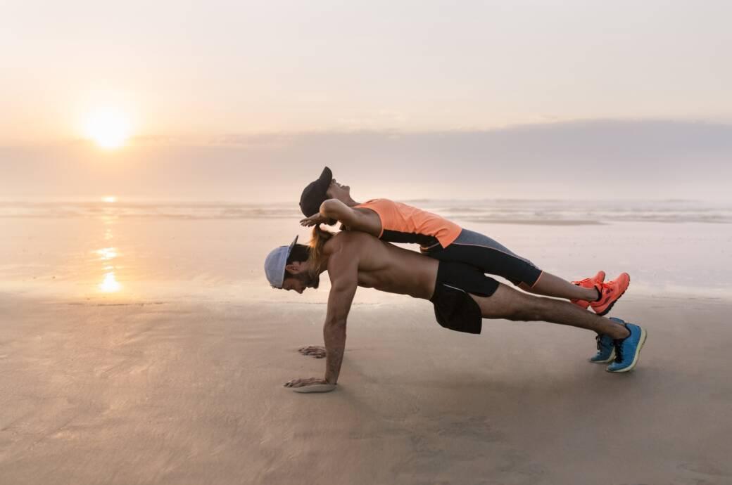 Trainierende am Beach(body)