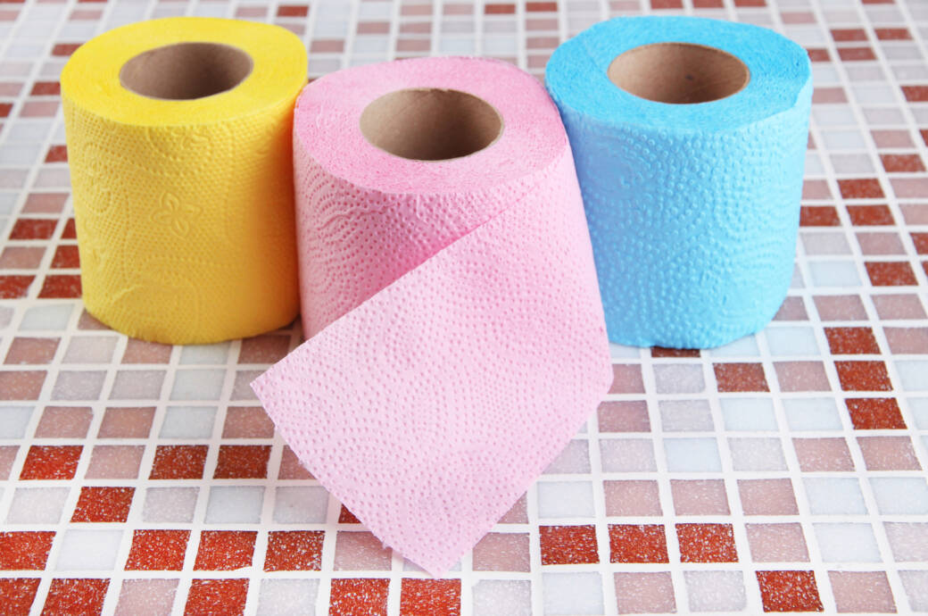 Gefärbtes Toilettenpapier
