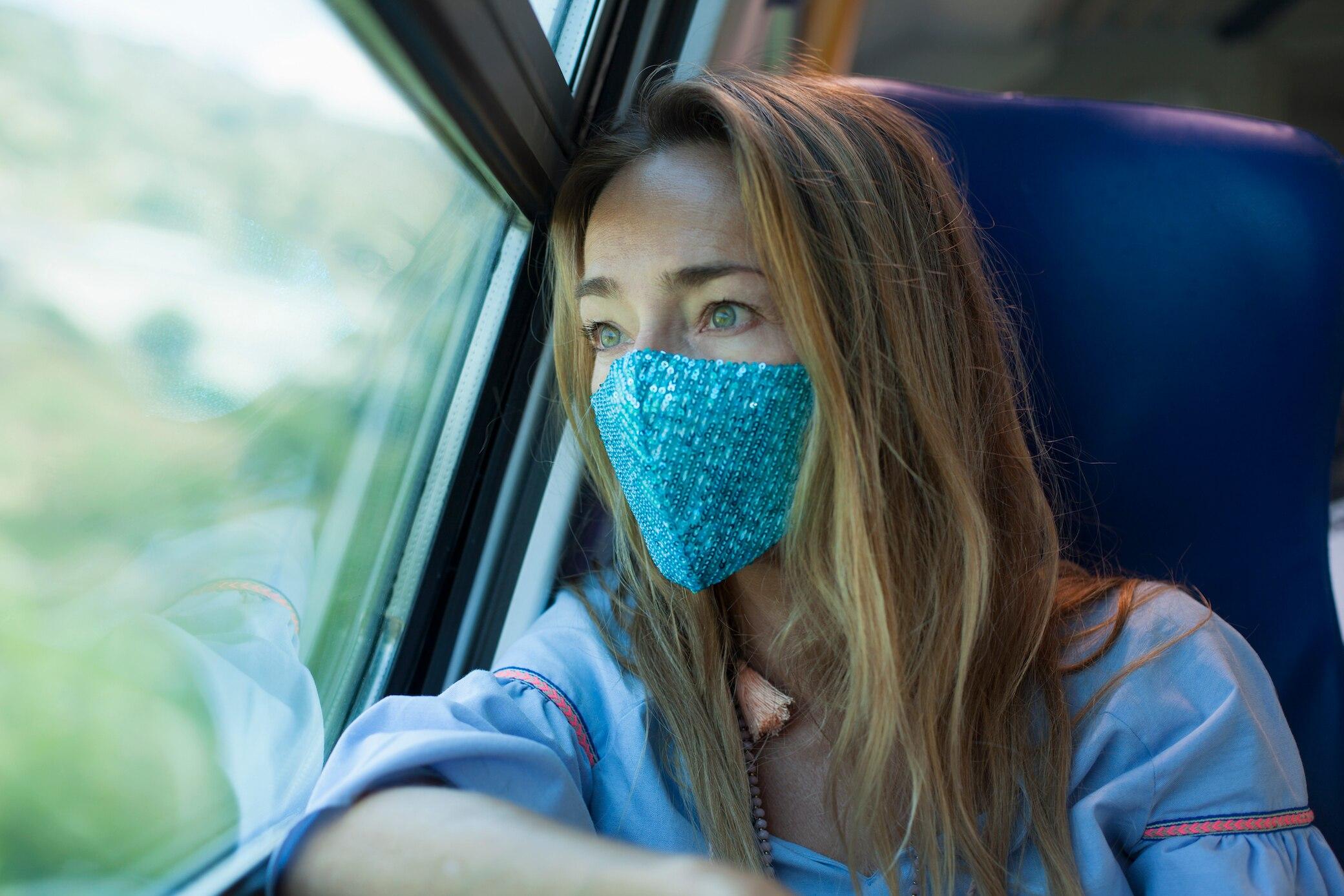 Corona-Schutz: Bahn prüft FFP2-Maskenpflicht in ihren Zügen
